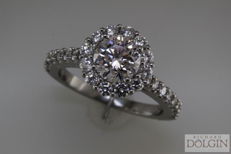 Round Brilliant Diamond In Halo