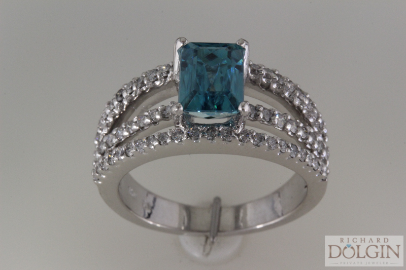Diamond and blue zircon fashion ring