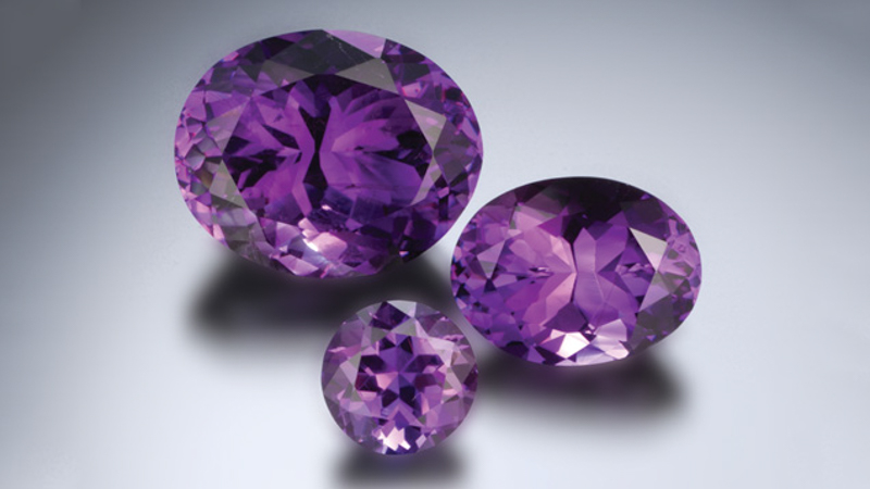 Amethyst gemstones in various sizes