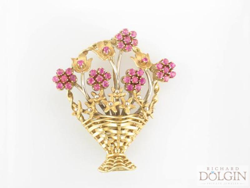 Pink sapphire flow basket pin
