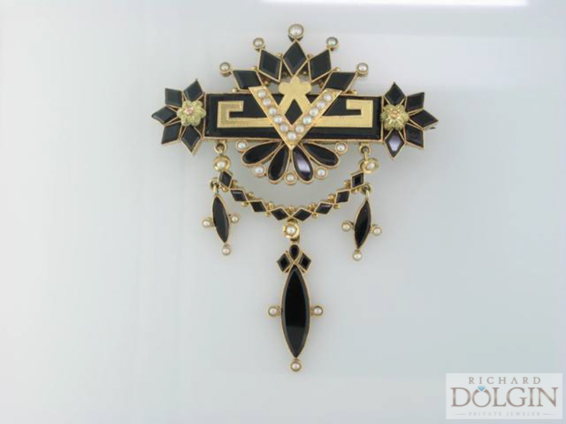 Victorian onyx and pearl pin