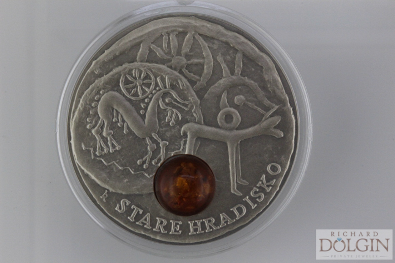 Amber Nuie coin