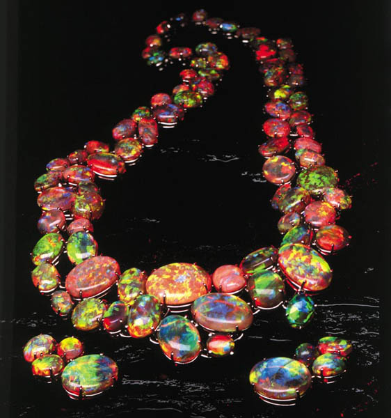 An extraordinary opal and earring set