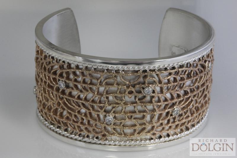 Fan coral bracelet