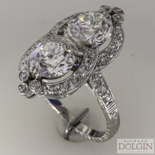 3.0 carat weight antique platinum diamond ring