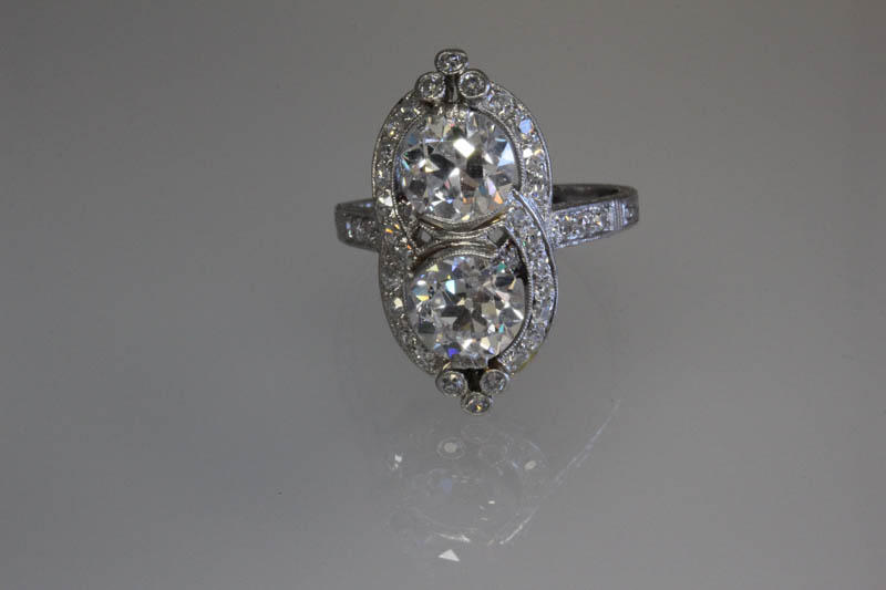 Antique two diamond ring