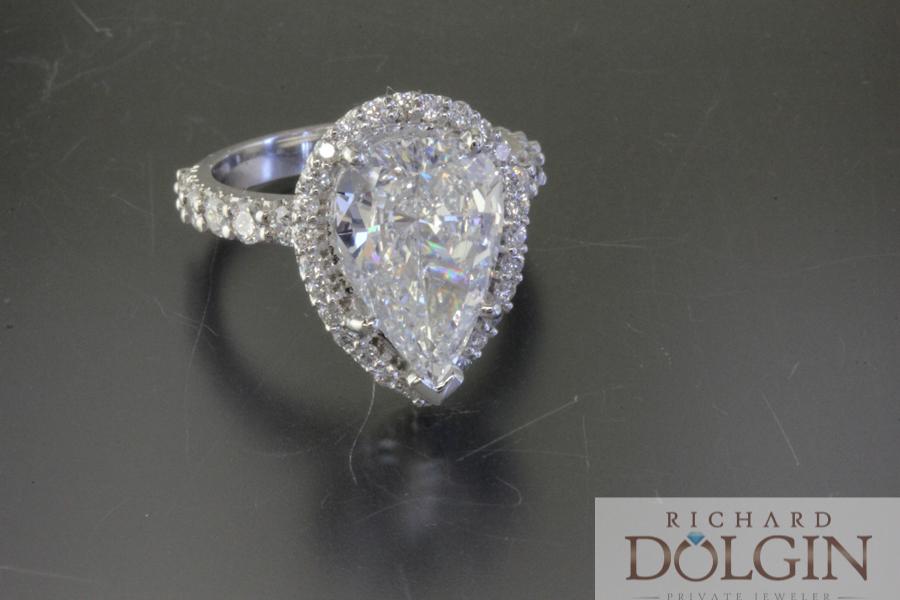 Pear shape diamond in a halo