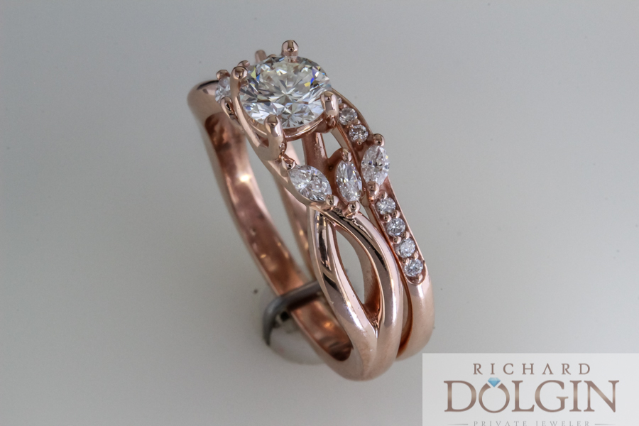 Rose gold wedding set