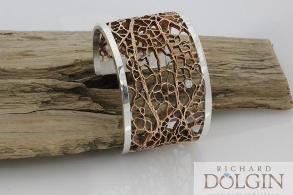 Bronze cactus pattern bracelet with diamonds
