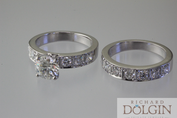 Bright set wedding ring in 14k white gold