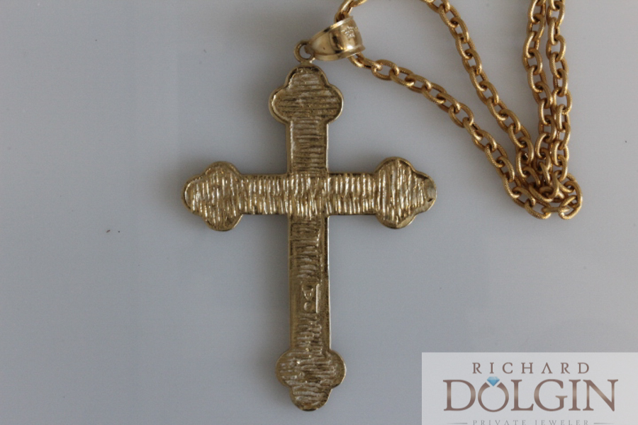 Gold solid cross pendant