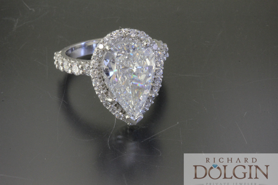 3.0 carat pear shaped diamond