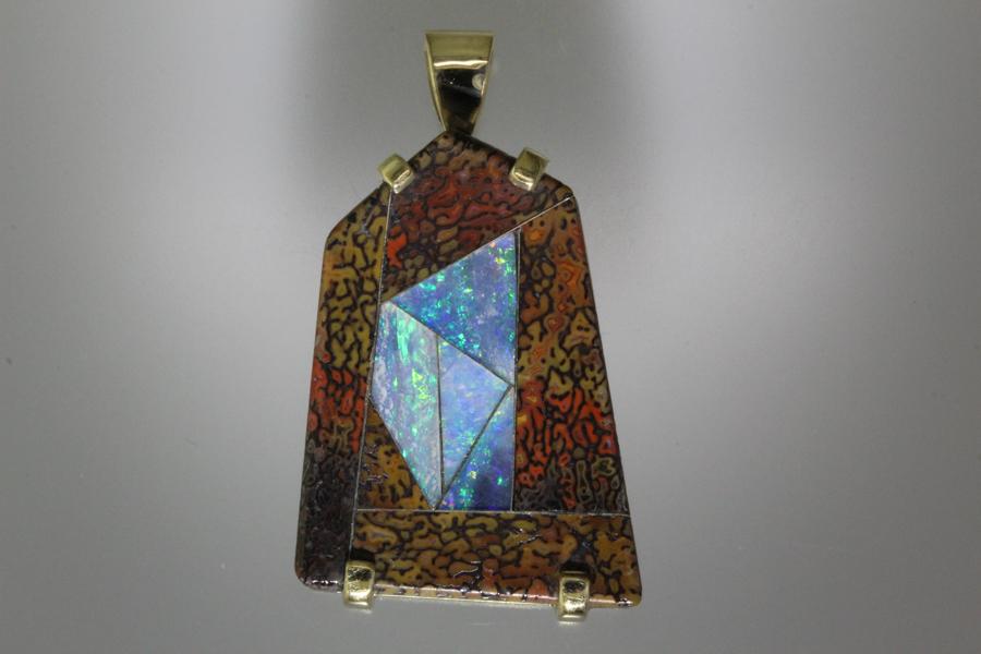 Intarsia pendant