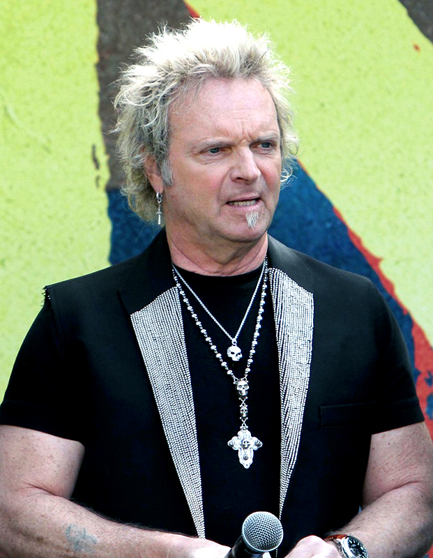 joey-kramer-aerosmith-announce-their-new-global-warming-tour-01.jpg