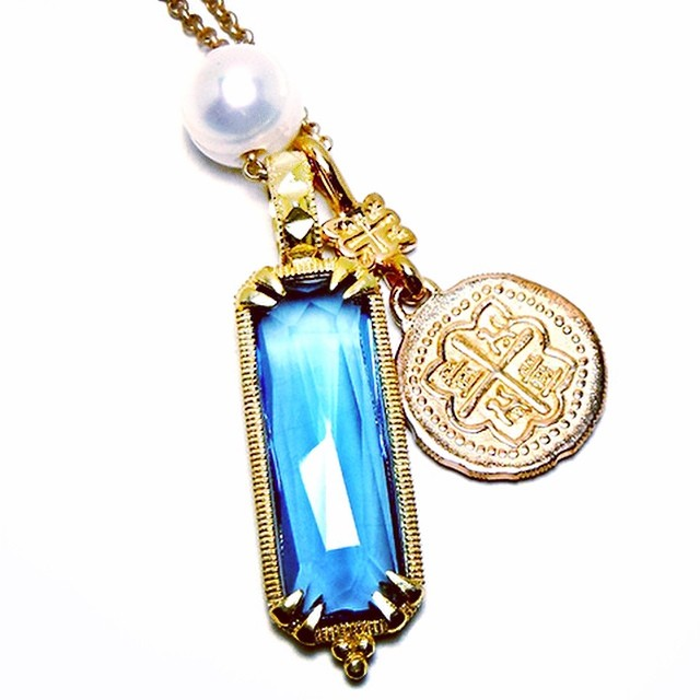 Blue topaz Catherine chain charm...who wants one?! By #demianandalex #wwwdemianandalex #charmchain #charmnecklace