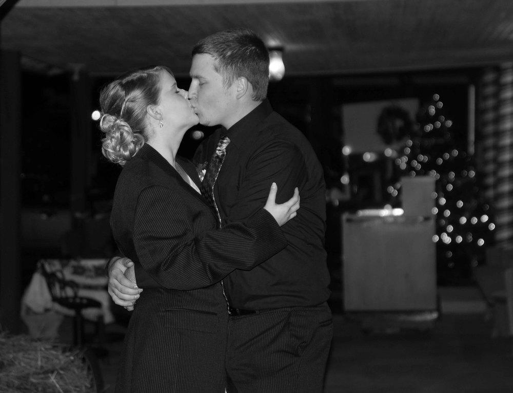 Cara and Chris wedding3 (187 of 190).jpg