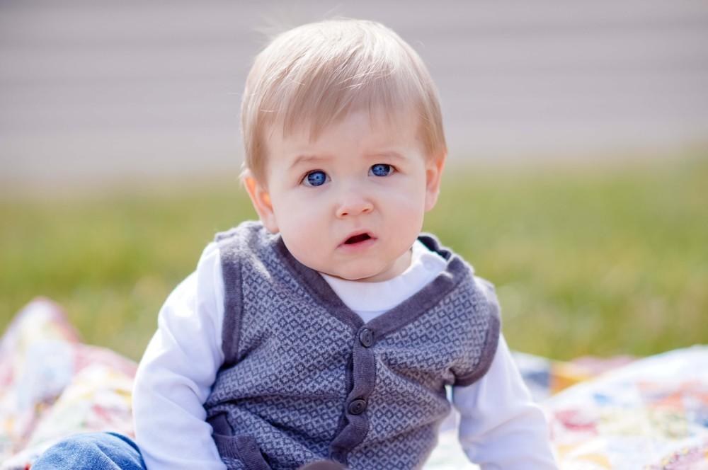 Wyatt 9 months (25 of 307).jpg