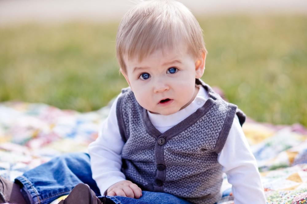 Wyatt 9 months (41 of 307).jpg