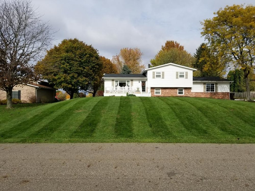 Top Turf Lawn Mowing in Uniontown, Ohio