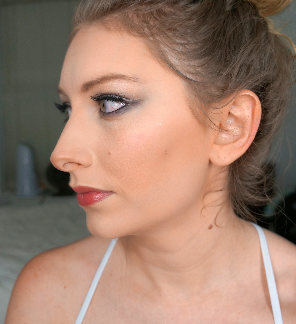 I touched up the contour a bit with a matte powder bronzer, just to create more depth.