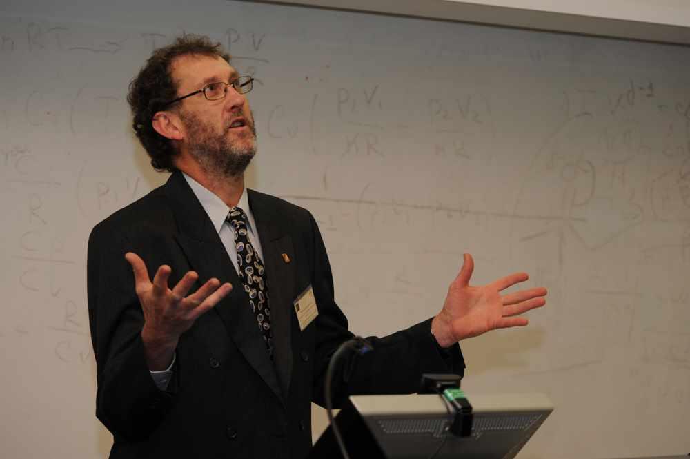 Professor Jeremy Bruhl UNE