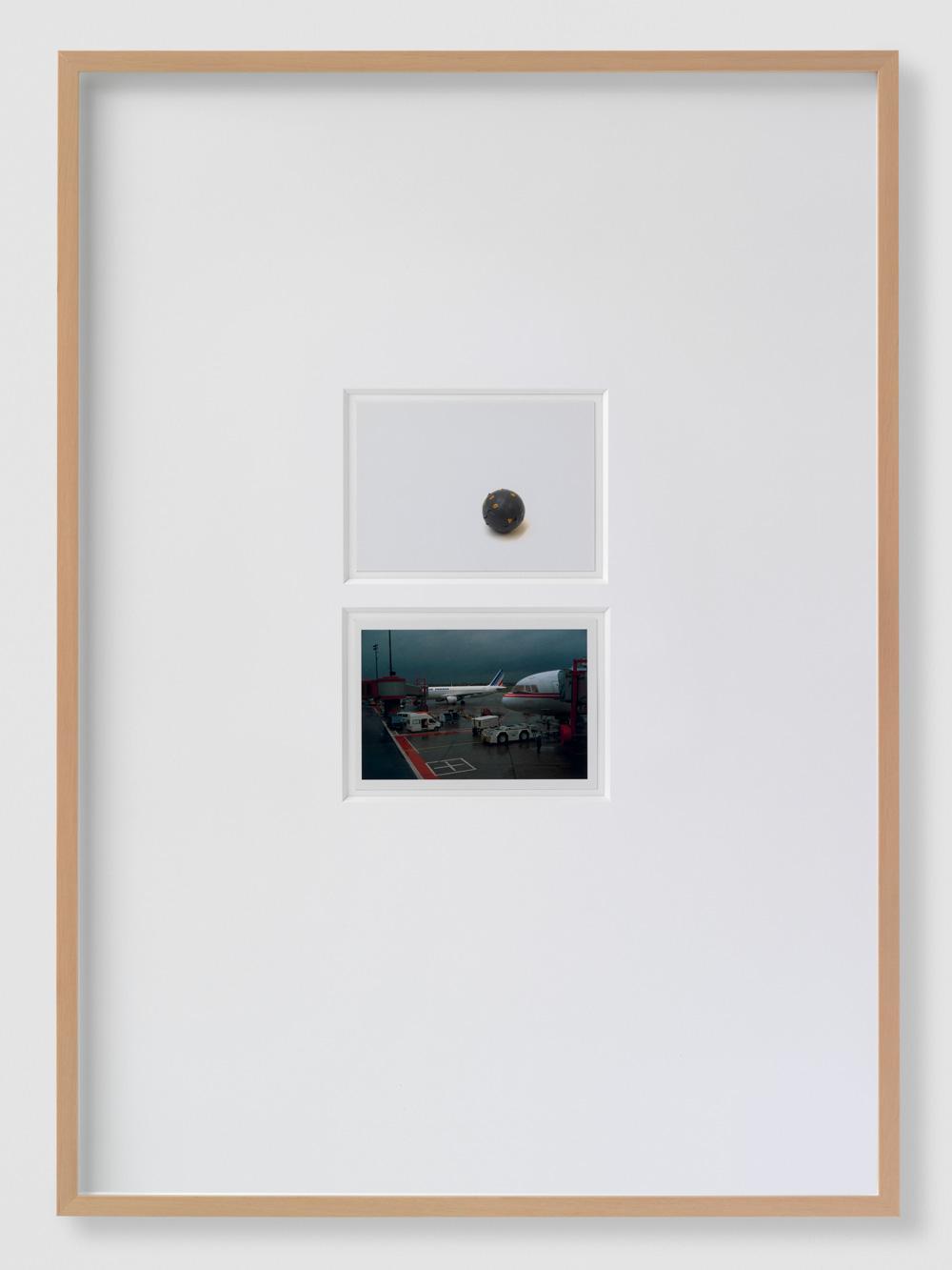 White between the Darlings [Singular Activities] , Annaïk Lou Pitteloud, 2014.