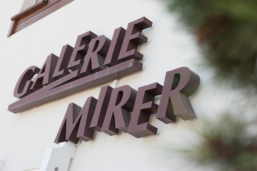 Haben Sie Fragen zu den Werken von Rudolf Mirer? Wir sind gerne für Sie da.   Mehr Informationen