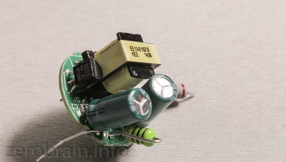Netzteil der Philips E27 6w Retrofit LED