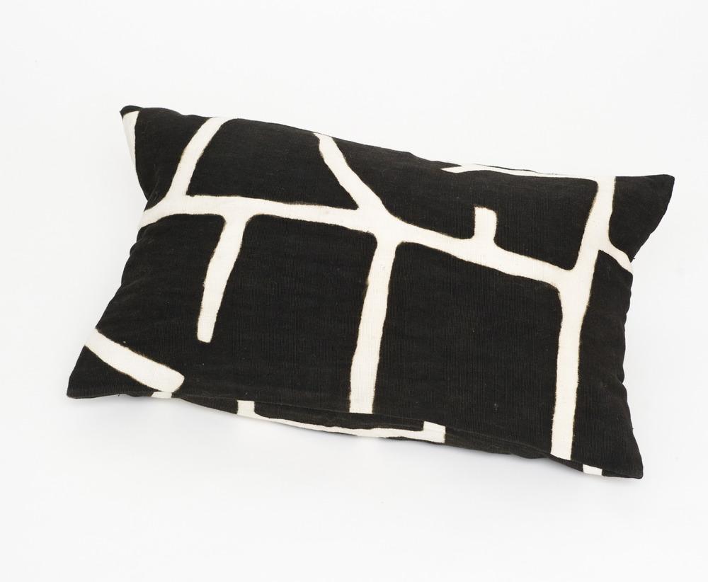 Pillows_BOW3047.jpg