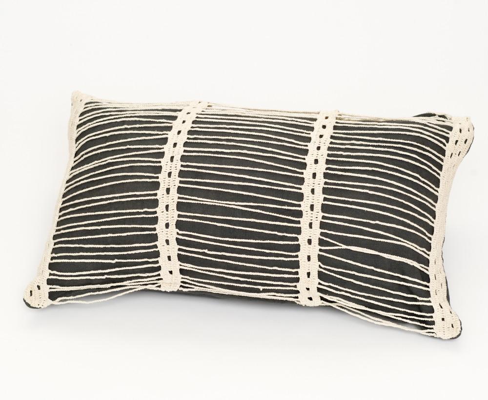 Pillows_BOW3074.jpg