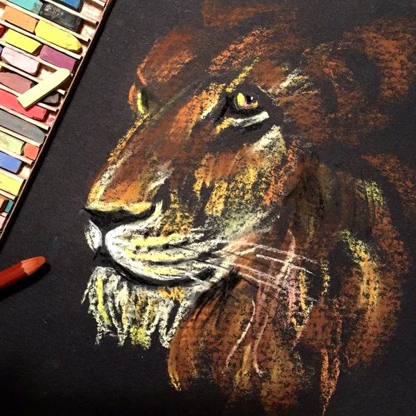 chalk lion.jpg
