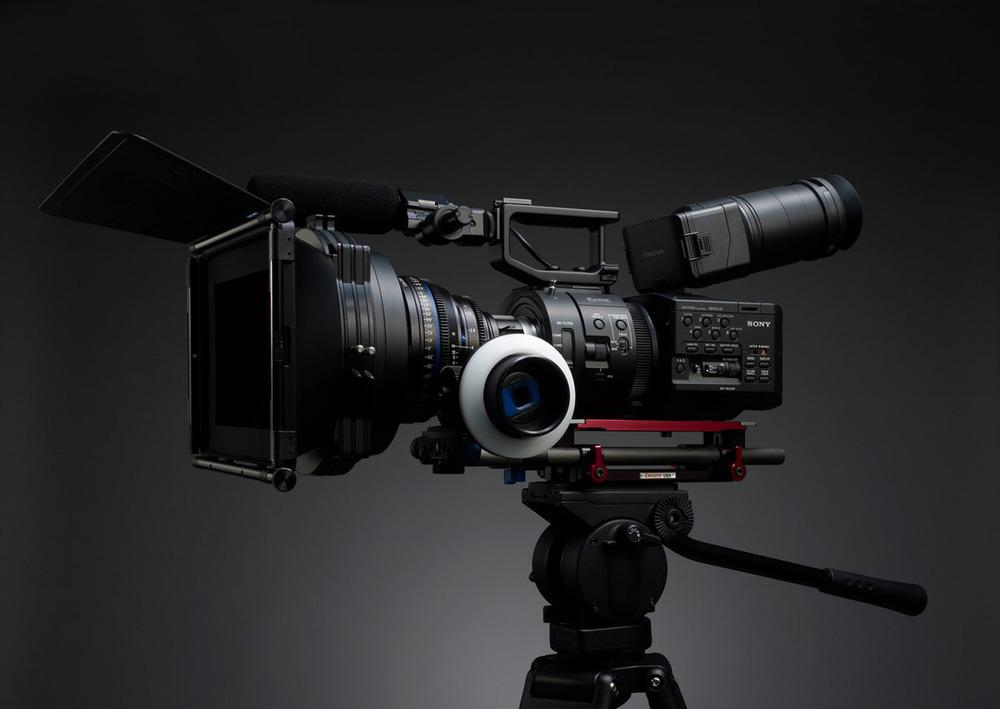 SONY FS-700U Super 35 mm