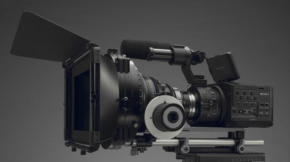 SONY NEX-FS700 Super 35 mm (slow & quik motions)