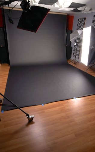 BLACKphotostudio.jpg