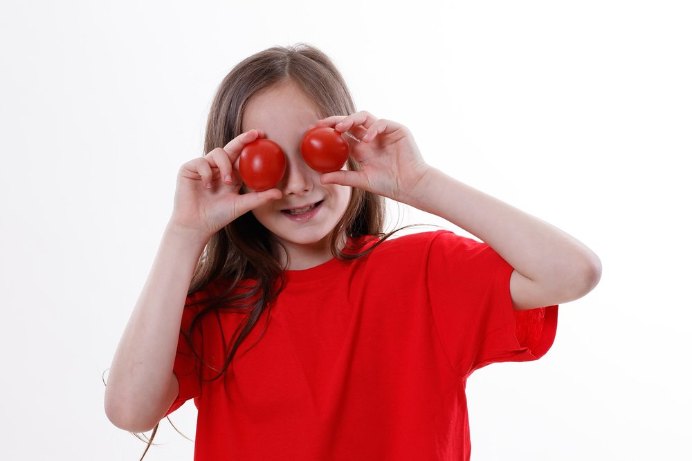 tomato-3434619_1920.jpg