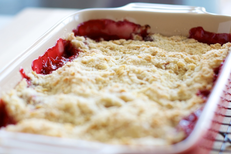 strawberry_rhubarb_crumble (2).jpg