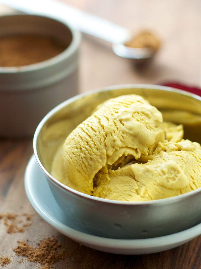 pumpkin_ice_cream_1.jpg