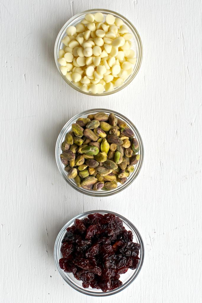 oatmeal_cookies_cherry_pistachio (1).jpg