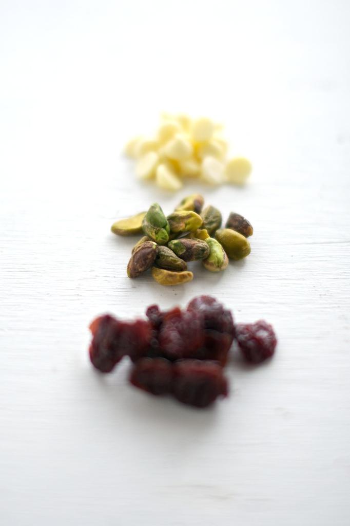 oatmeal_cookies_cherry_pistachio (2).jpg