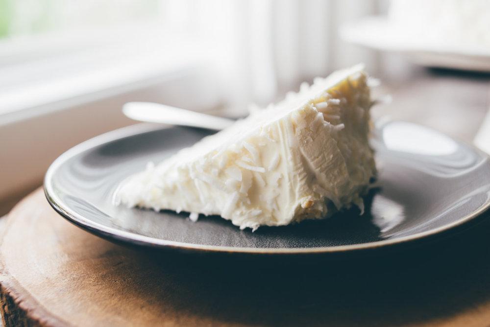 coconut_cake-4.jpg