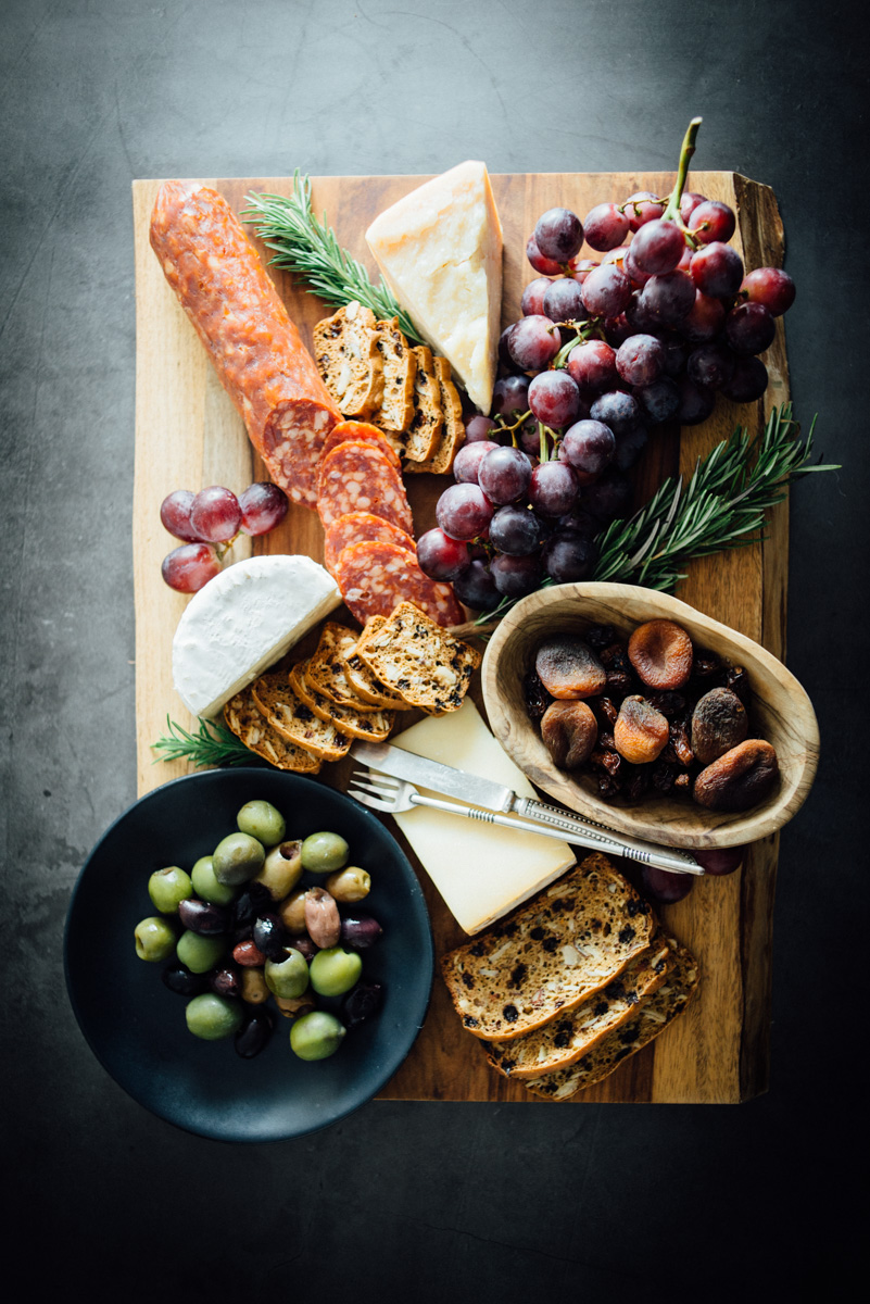 currant_almond_rosemary_crackers_cheese_board-1.jpg