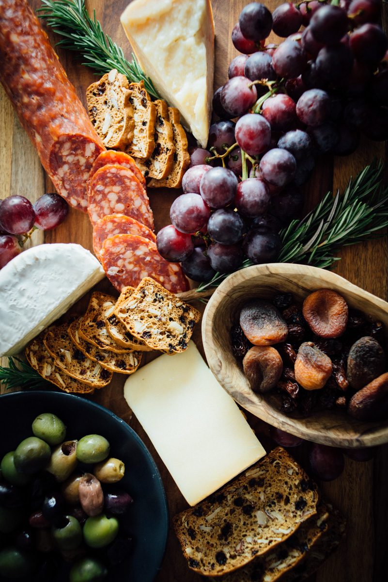 currant_almond_rosemary_crackers_cheese_board-5.jpg