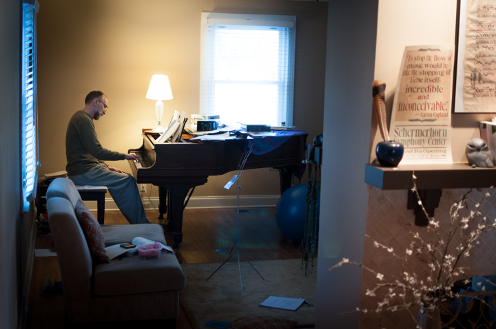 Roger Wesimeyer playing piano in his home in Nashville. Photo by Tasha A F Lemley