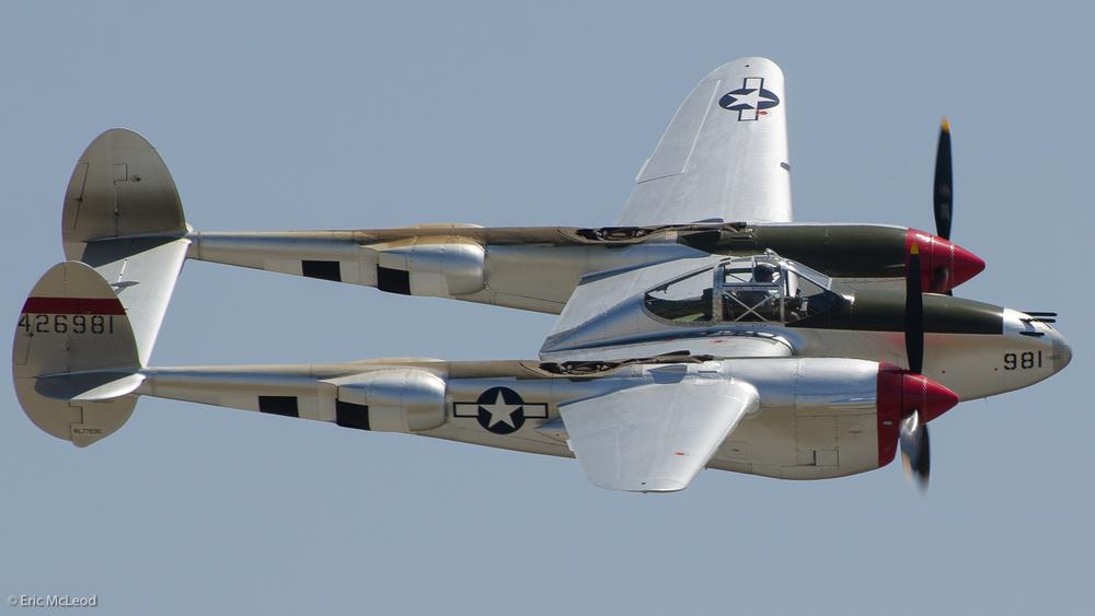 Silver Devil P38_2.jpg