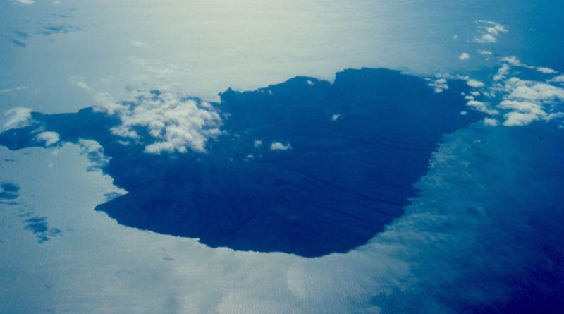 kahoolawe_aerial.jpg