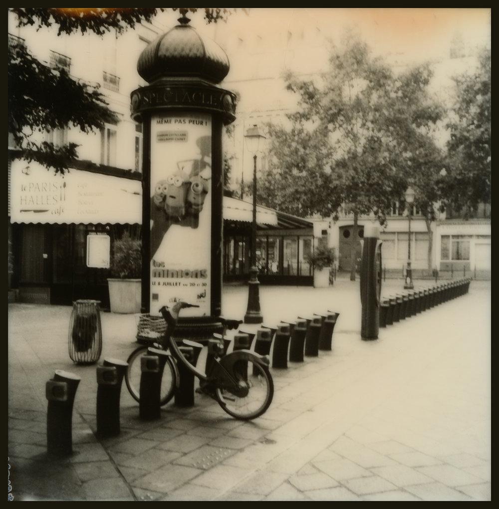Rue de la Cossonnerie_Bike Rental_GOA.6.23.15.004.jpg