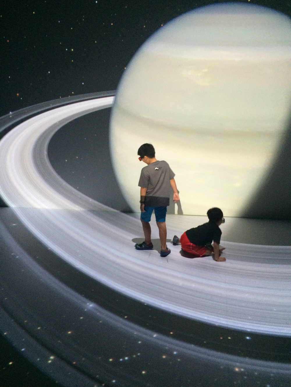 Deep Space - The 3D Show where you are invited to roam around the multi-dimensional space.