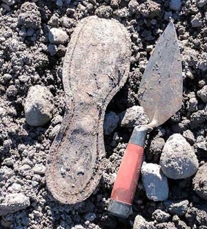 morton-archaeological-case-study-cultural-resource-management-boot-sole-trowel-b.jpg