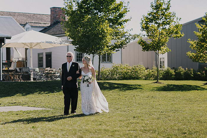 matt-and-erin-vineyard-wedding-109.jpg