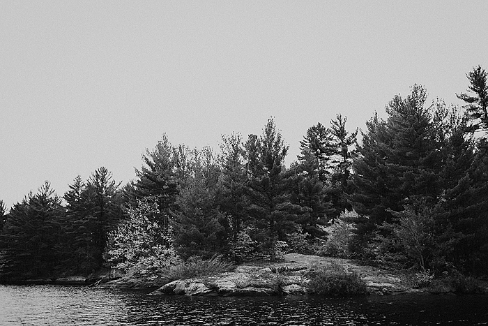 richelle-and-justin-muskoka-engagement-024.jpg
